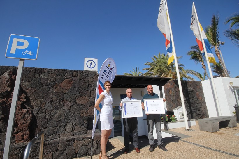 The two tourist information offices of Puerto del Carmen receive the seal for their high quality