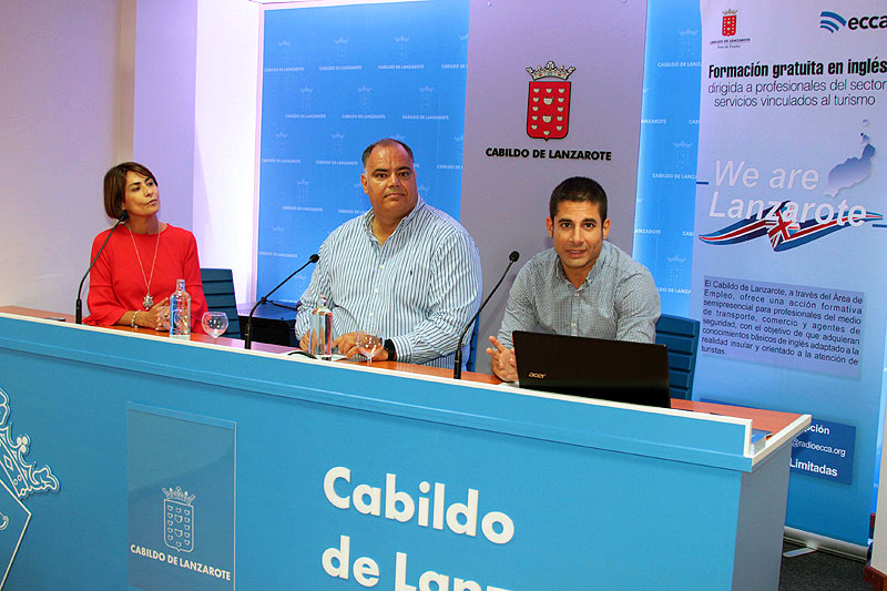 Cabildo of Lanzarote will offer through Radio ECCA a free course of basic English directed to professionals of the service sector and security agents.